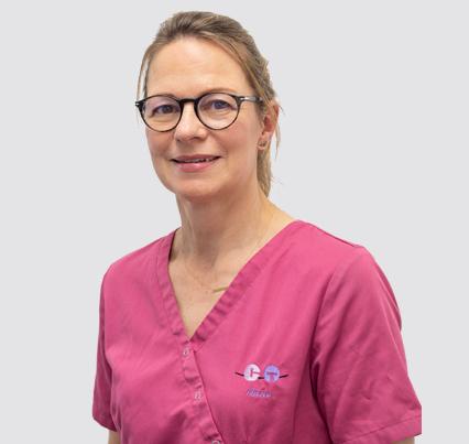 Anne Assistante dentaire Orthodontique